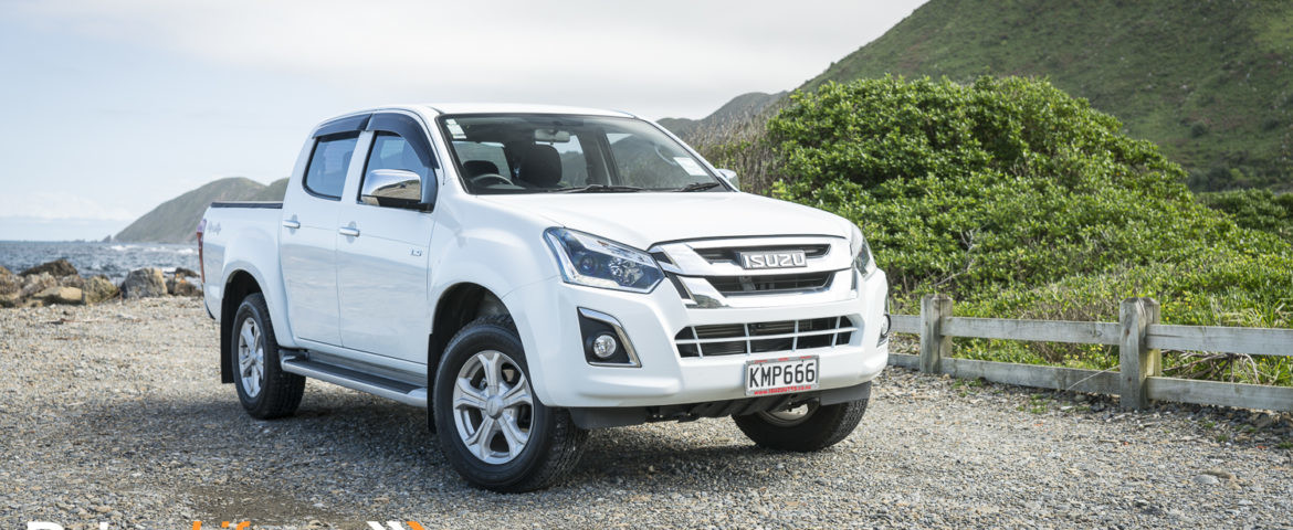 2017 isuzu d max ls double cab car review clever form. Black Bedroom Furniture Sets. Home Design Ideas