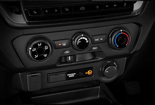 LX Double Cab Air Conditioning