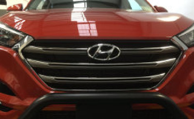 Hyundai Tucson Black Nudge Bar